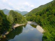 Piemont de paysage de rivière de montagnes de cannobio de l'Italie Images stock