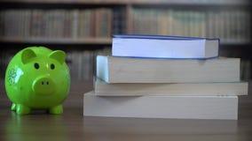Pieniądze dla szkoły, szkoły wyższa finansowanie zdjęcie wideo