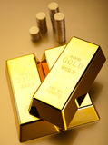 Pieniądze, monety i złoto, nastrojowy pieniężny pojęcie fotografia royalty free