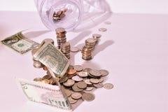 Pieniądze oszczędzania ustawianie z wiązką zmiana Obraz Stock