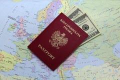 pieniądze paszport Zdjęcie Stock
