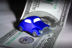 PIENIĄDZE RATUJE AUTO pożyczkę Obrazy Stock