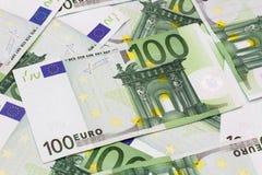 Pieniądze tło - Sto euro rachunków banknotów Fotografia Royalty Free