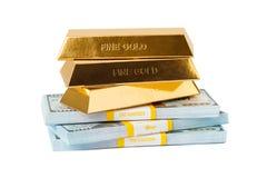 Pieniądze złoto i sterty Zdjęcie Royalty Free