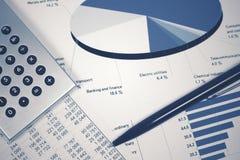 Pieniężnej księgowości rynku papierów wartościowych wykresów analiza fotografia royalty free