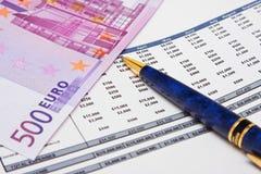 pieniężny raport Zdjęcia Stock