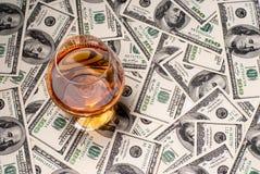 Pieniądze i napoje Zdjęcia Royalty Free