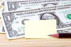 Pieniądze i nutowy ochraniacz Obrazy Stock