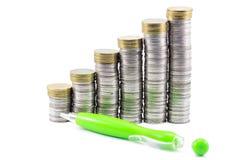 Pieniądze i pióro zdjęcie royalty free