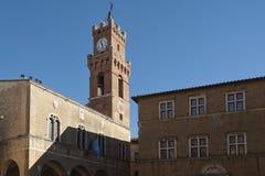 PIENZA, TUSCANY-ITALY, EL 30 DE OCTUBRE DE 2017: El cuadrado más hermoso de las herencias de la UNESCO del mundo en Pienza Imagen de archivo libre de regalías