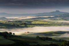 PIENZA, TUSCANY/ITALY - MAJ 22: Wschód słońca nad Val d Obrazy Royalty Free