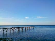 Pier auf dem Meer Stockfoto