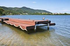 Pier auf Lagoa DA Conceicao in Florianopolis, Brasilien Lizenzfreies Stockfoto