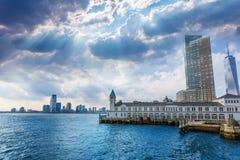 Pier A in Battery Park Manhattan skyline New York Stock Photos