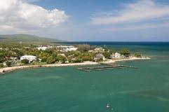 Pier bei Grand Cayman lizenzfreies stockfoto