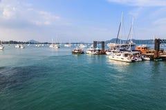 Pier an Chalong-Bucht, Phuket, Thailand Stockbilder