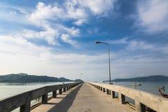 Pier an Chalong-Bucht, Phuket, Thailand Lizenzfreies Stockbild