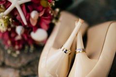 pierścionków butów target528_1_ Fotografia Stock