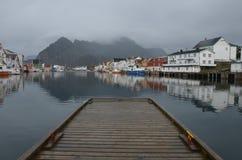 Pier in Henningsvaer Stockfoto