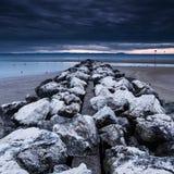 Pier hergestellt von den Steinen Lizenzfreies Stockbild