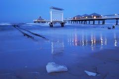 Pier in Heringsdorf, Usedom-Insel, Deutschland lizenzfreies stockfoto