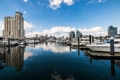 Pier Homes Waterfront in collina federale in Batimore, Maryland immagini stock libere da diritti