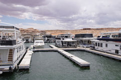 Pier for houseboatsand boats in Lake Powell Stock Image