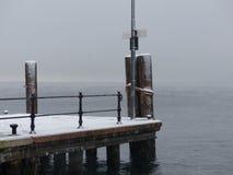 Pier im Winter Stockfotografie