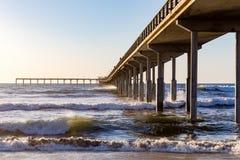 Pier Jetting en el mar foto de archivo libre de regalías