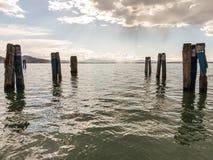 Pier Legs im Wasser Lizenzfreies Stockbild