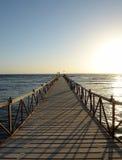 Pier in Meer Lizenzfreie Stockbilder