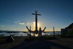 Pier mit Anker am Titicaca See stockfotos