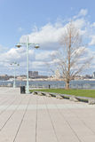 Pier 84, neue Hafenwohngebäude und Houston River Lizenzfreies Stockbild