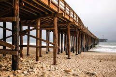 Pier in Pazifischen Ozean Lizenzfreie Stockfotos