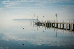 Pier am See Trasimeno Lizenzfreies Stockfoto
