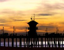 Pier Silhouette bei Sonnenuntergang Stockfotografie