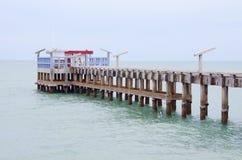Pier in Thailand. Royalty-vrije Stock Foto's