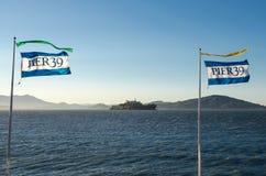Pier 39 und Alcatraz-Insel von San Francisco Stockfoto