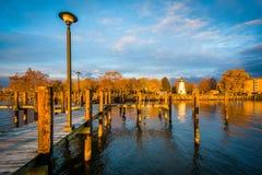 Pier und Übereinstimmung zeigen Leuchtturm in Havre de Grace, Maryland Stockfotografie