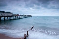 Pier und Buhnen Teignmouth Stockbilder