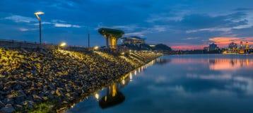 Pier und Sonnenuntergang II stockbilder