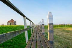 Pier van de haven Schokland, het vroegere eiland En gemaakt tot deze kleine stad voel grote groter stock afbeelding