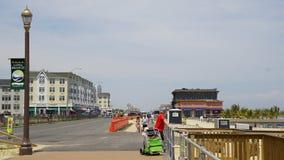 Pier Village på den långa filialen i nytt - ärmlös tröja Royaltyfri Fotografi