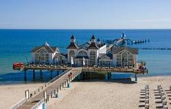 Pier von Sellin in der Ostsee Lizenzfreies Stockfoto