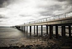 Pier vor dem Sturm Lizenzfreie Stockfotos