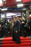 Pierce Brosnan - ein langer Weg unten Stockfoto