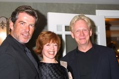 Pierce Brosnan, Frances Fisher, Bruce Davison Lizenzfreies Stockfoto