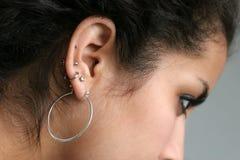 Piercing dell'orecchio fotografie stock libere da diritti