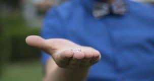 Pierścionek zaręczynowy, ty poślubiałeś ja? Zdjęcia Stock