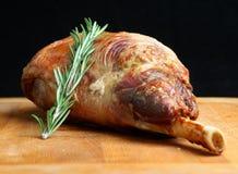 Pierna de la carne asada del cordero Fotografía de archivo libre de regalías